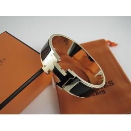 Hermes Black Enamel Clic H Bracelet Narrow Width (18mm) In Gold