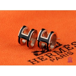 Lacquered Hermes Pop H Black Earrings in Pink Gold